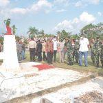 Bupati Jarot Hadiri Peresmian Gapura dan Pagar TMP Dwikora Senaning 16