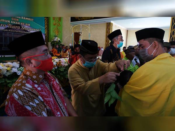 Bupati dan Wakil Bupati Sekadau Hadiri Pagelaran Adat Budaya Melayu Sintang Bertajuk Ritual Gunting Rambut 2