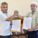 Teken Kontrak Politik, Haji Lakok Alihkan Dukungan ke Martin-Farhan 8