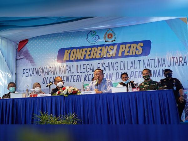 Coba Modus Baru, KKP Kembali Tangkap Tiga Kapal Asing Pencuria Ikan Indonesia di Laut Natuna Utara 1