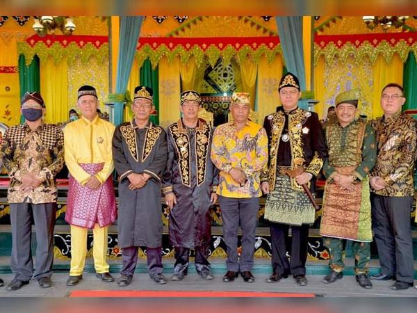 Pemkab Ketapang Akan Lanjutkan Pemugaran Makam Kerajaan Tanjungpura dan Bangun Jembatan Pawan VI 2