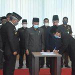 Bupati Martin Rantan Lantik Heronimus Tanam Sebagai Penjabat Sekretaris Daerah Ketapang