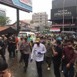 Tempatkan Banyak Petugas di Pasar Tertibkan Masyarakat Pakai Masker 14