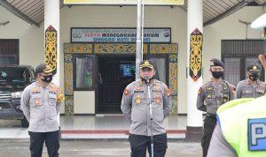Kabidkum Polda Kalbar Berikan Arahan ke Personel Polres Sekadau Hadapi Pilkada Serentak 2020 4