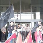 Mahasiswa Kalbar Gelar Unjuk Rasa di Kantor Gubernur di Peringatan Hari Tani Nasional 2020 2