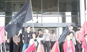 Mahasiswa Kalbar Gelar Unjuk Rasa di Kantor Gubernur di Peringatan Hari Tani Nasional 2020 3