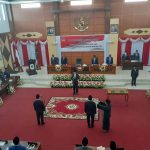 Ketua DPRD Kapuas Hulu Lantik Dua Anggota DPRD PAW 6