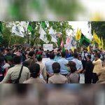 Mahasiswa Demo Tolak Omnibus Law Cipta Kerja di Gedung DPRD Ketapang 8