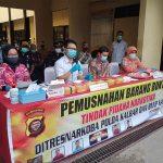 Polda Kalbar Musnahkan Tujuh Kilogram Sabu dan Ribuan Butir Ekstasi 7
