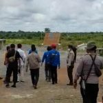 Polisi Olah TKP Perusakan dan Penjarahan PT SRM oleh Massa 9