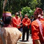 Bupati Sis Buka Tempat Ritual Adat Danau Liuk