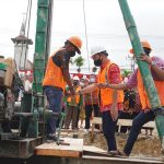 Bupati Sis Pancangkan Tiang Pertama Pembangunan Gedung Paroki Putussibau