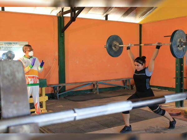 Sutarmidji Datangi Atlet Kalbar yang Akan Berlaga di PON Papua: Beri Support dan Motivasi
