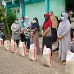82 KK Warga Rusunawa Terima Bantuan Beras