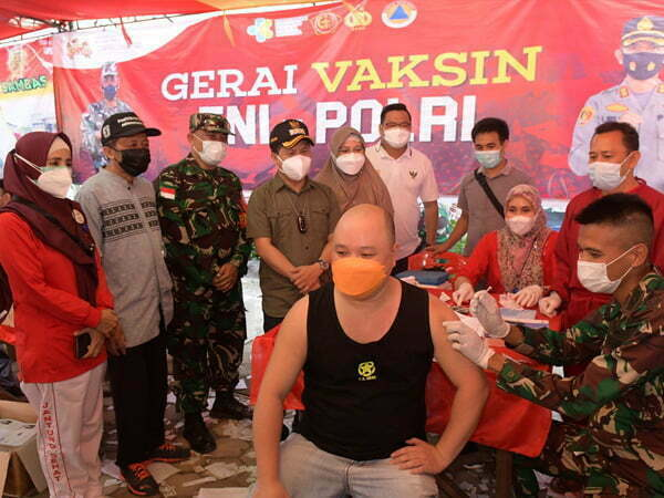 Pengusaha Asal Pemangkat Inisiator Vaksinasi Berhadiah Sembako