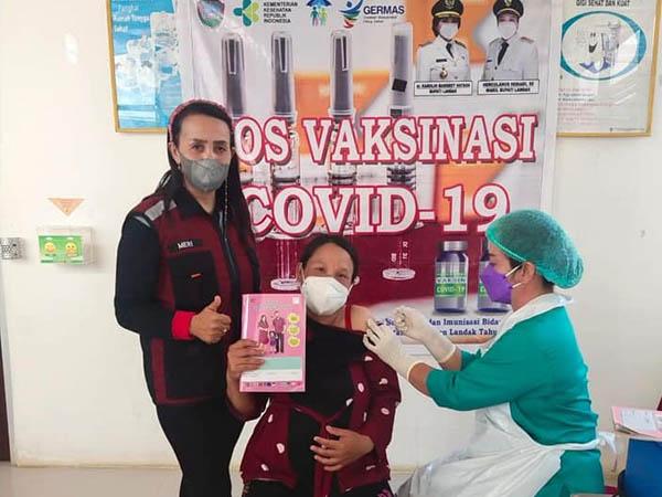 Bupati Karol Minta Vaksinasi Covid-19 Tepat Sasaran dan Skala Prioritas