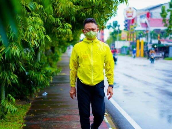 Edi Kamtono Jalan Kaki dari Rumah ke Kantor Lihat Kondisi Kota
