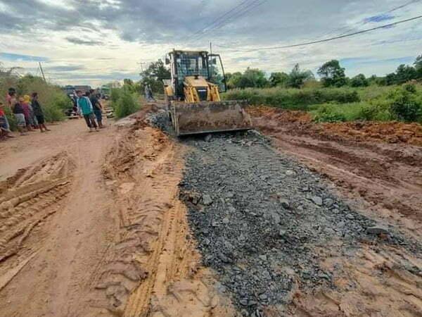 Jalan Poros Pelang-Tumbang Titu Mulai Diperbaiki