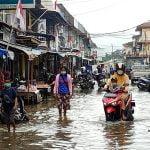 Kota Nanga Pinoh Dilanda Banjir, Aktivitas Jual Beli di Pasar Lumpuh