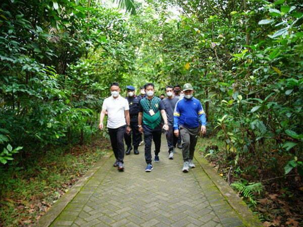 Mentan Syahrul Yasin Limpo Nikmati Jogging di Taman Digulis Untan