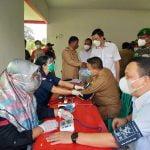 Partai Gerindra Gelar Vaksinasi Sekaligus Bagi-bagi Sembako di Nanga Kiungkang Sekadau