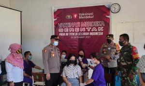 Ratusan Pelajar SMAN 1 Belimbing Jalani Vaksinasi Covid-19