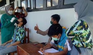 SMAN 2 Teluk Batang Pelopor Vaksin Pelajar di Kayong Utara