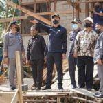 Bupati Sis Tinjau Pembangunan Puskesmas Hulu Gurung