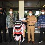 Pegadaian Syariah Serahkan Bantuan Motor Ambulance ke ACT Kalbar